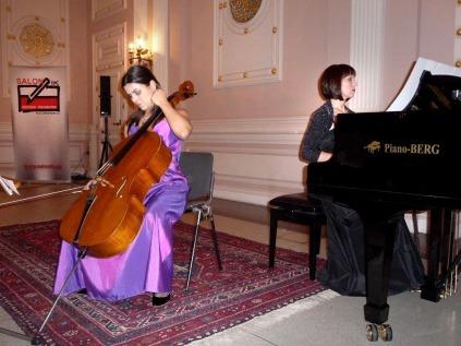 1. Herbstkonzert 17.11.13 Katarzyna Glensk (Klavier) Evva Mizerska (Violoncello)