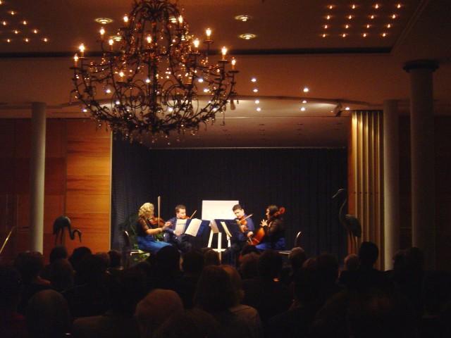 Blue Case Marcin Gortel und Joanna Turska (Violinen), Axel Lis (Viola) und Valeria Lo Giudice (Violoncello)